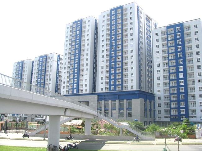 cầu vượt trên đường Võ Văn Kiệt